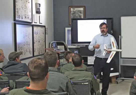 שירות 1 - Qualification Training